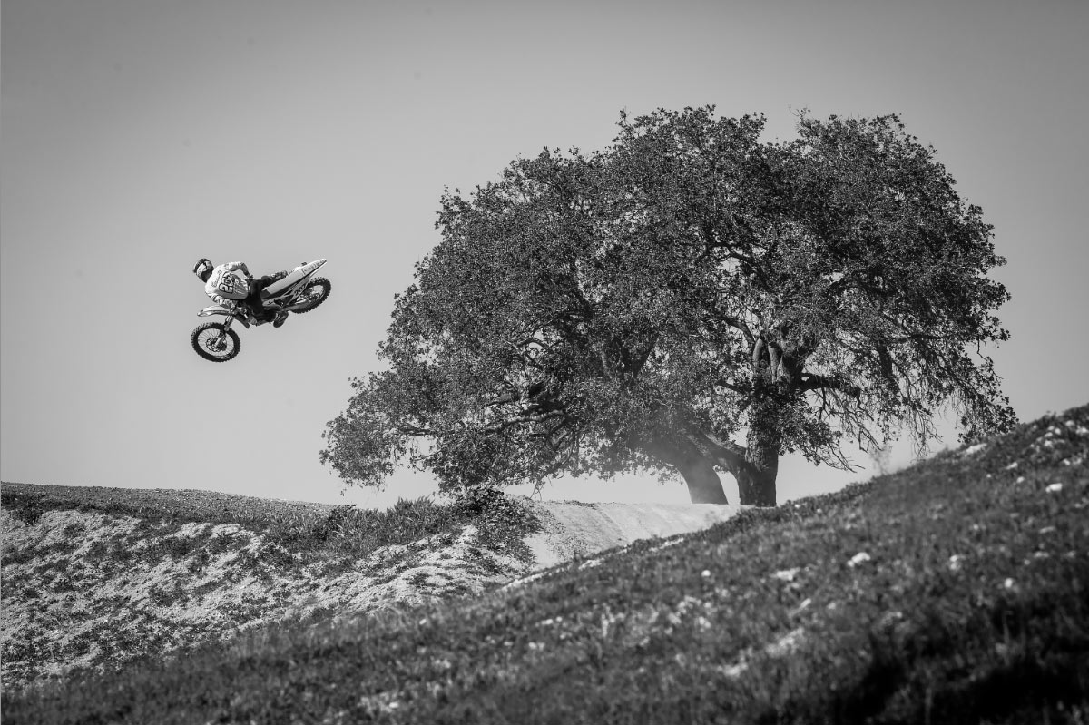 Collier flying.
