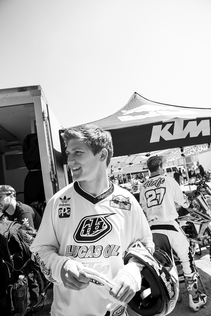 Jessy Nelson and the entire Troy Lee Designs/Lucas Oils/Red Bull/KTM team showed their support.