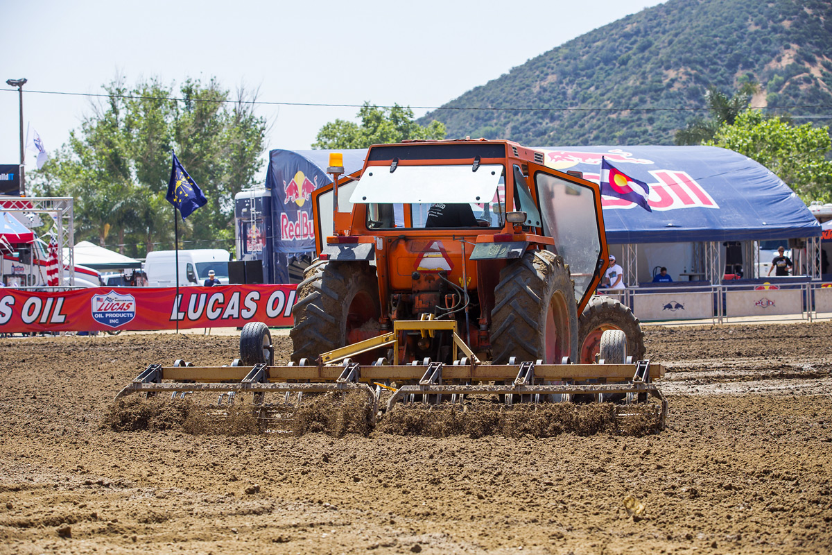 The track crew kept the track prepped to perfection throughout the weekend.