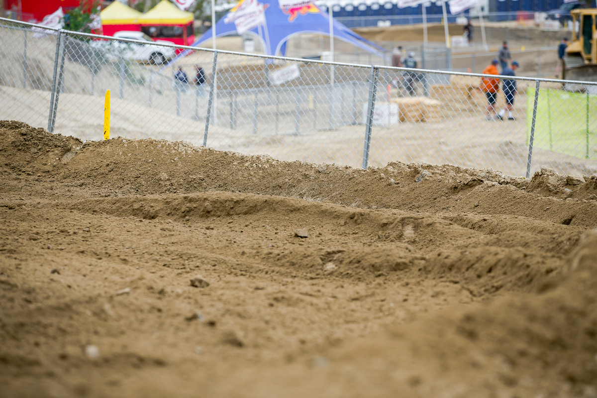 The dirt at Glen Helen is looking prime.
