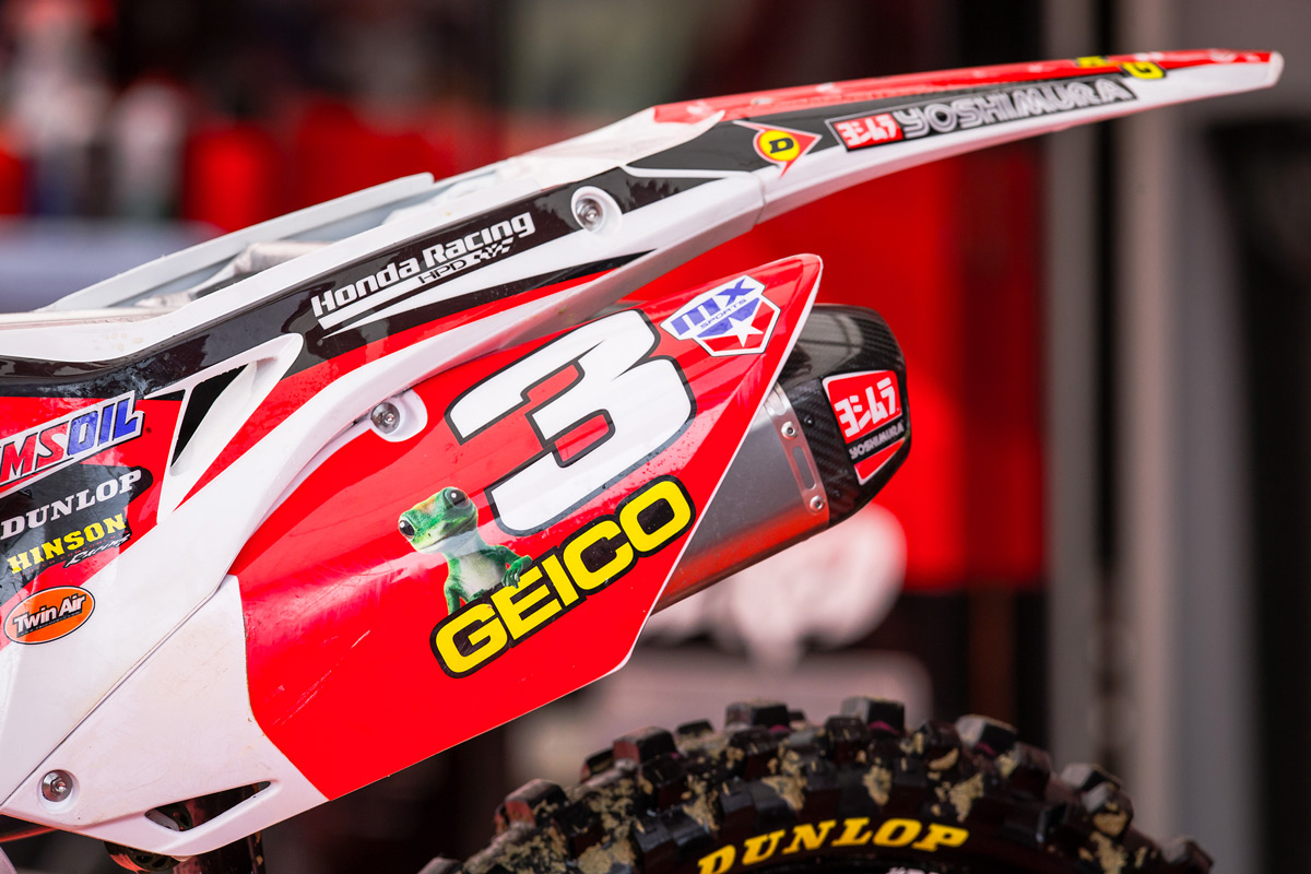 Tomac's red plate.