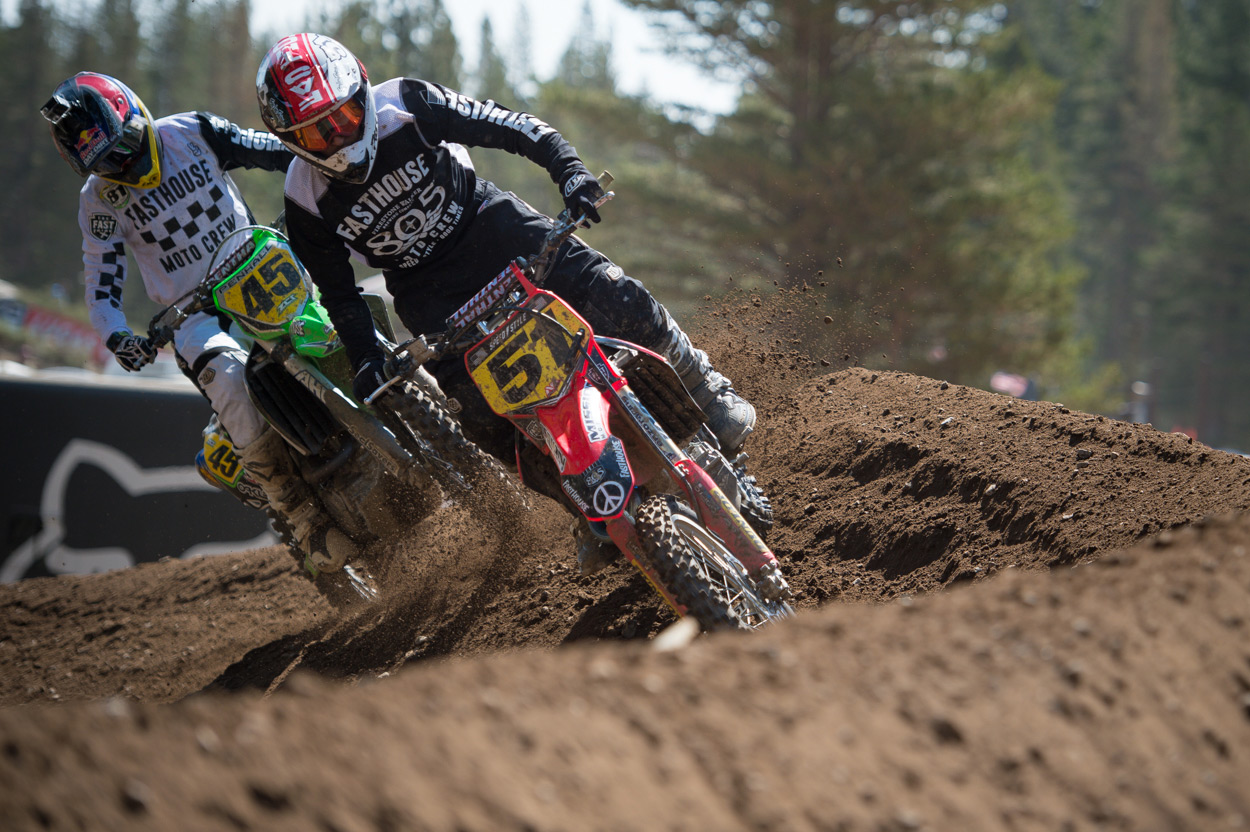 Ricky Diaz (51) and Ryan Penhall (45) had some fun battling in the Pro Class.