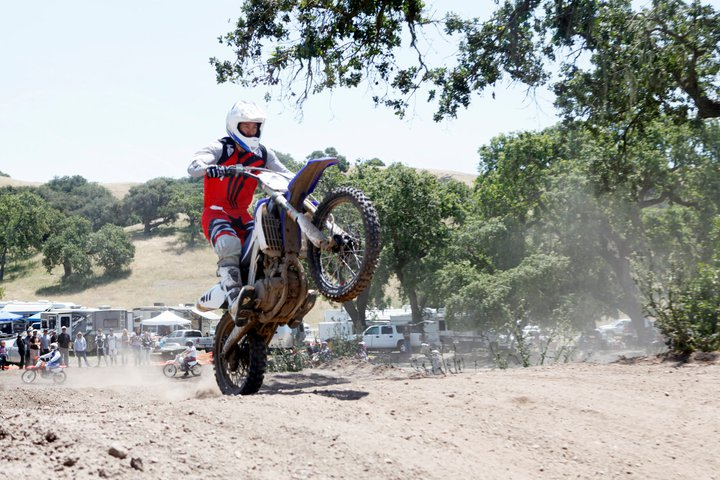 Dave Castillo doing a wheelie.