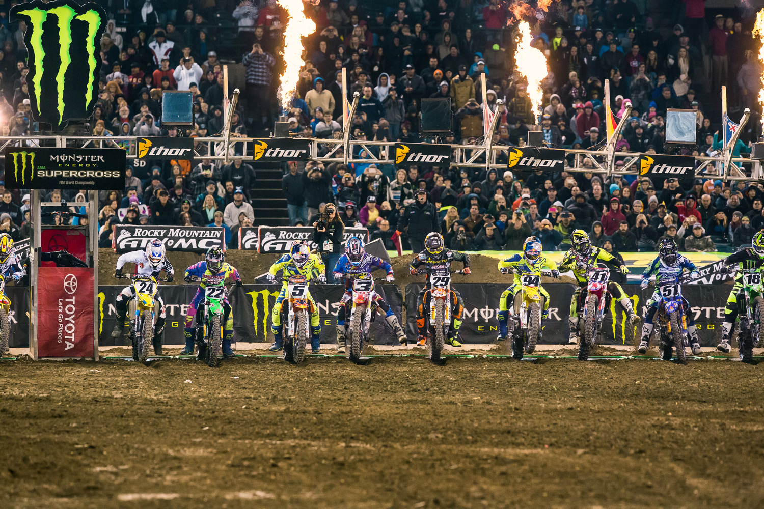 The 450 Class blasts off the line for the first main event of 2015.