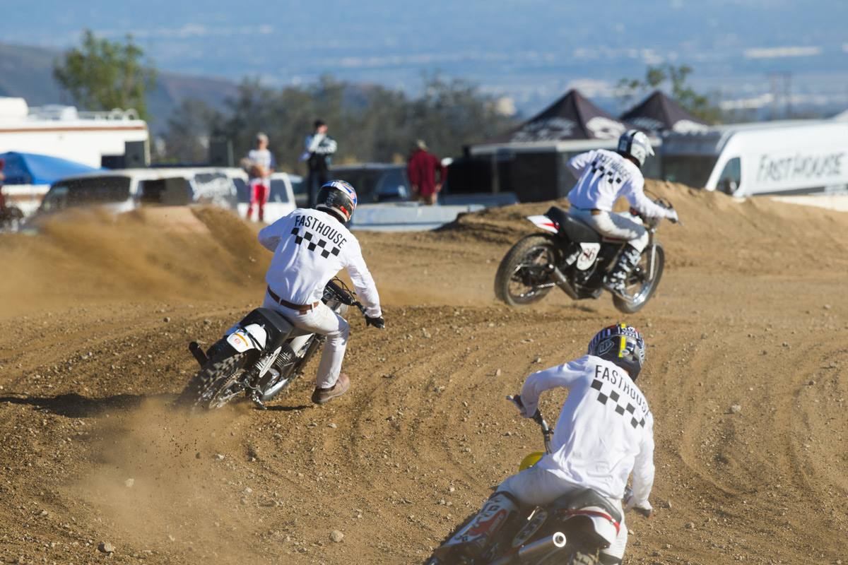 Bereman leads Brendan Lutes and Blayne Thompson in the second vintage moto.