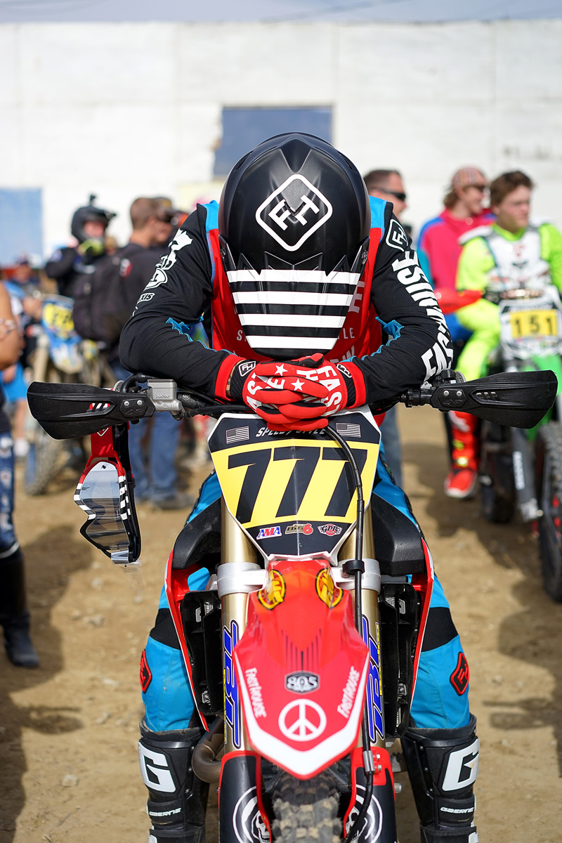 Blayne on the line before the Pro Race. (Photo: Danny Osterman)